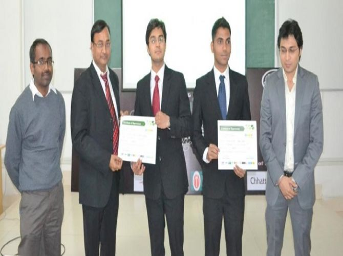 Winning team of Vardushik from SIBM, Pune being felicitated by the judges.JPG